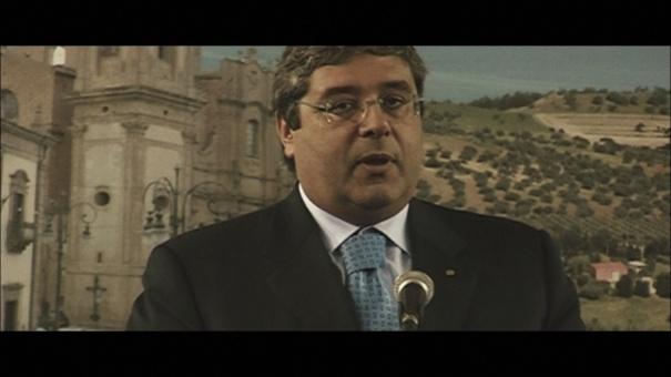 Totò Cuffaro detto Totò politico italiano,  presidente della Regione siciliana  dal 17 luglio 2001 al 18 gennaio 2008